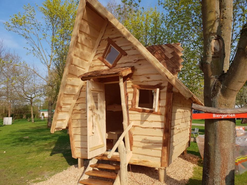 Hexenhaus wie im Märchen als Ferienhütte kaufen