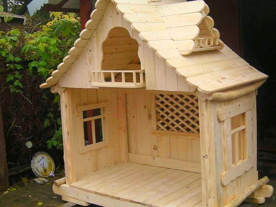 Märchenhütte aus Holz