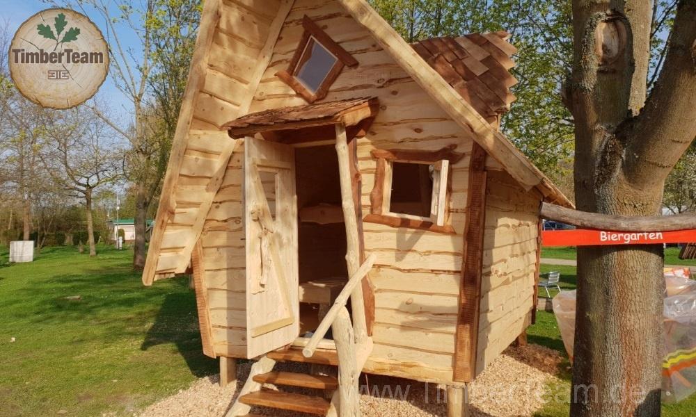 Märchenhaftes Hexenhaus als Bausatz erhältlich