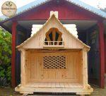 Aus Holz gefertigtes Märchenhäuschen