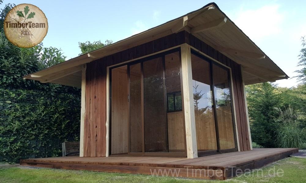 Gartenhaus Modern mit Verglasung
