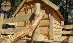 Spielhaus für Kinder aus Holz
