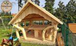 Gartenpavillon aus Holz aufbauen