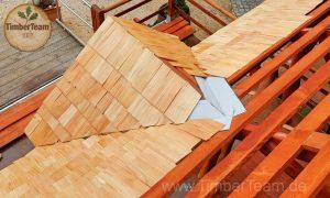 Holz-Pavillon von oben (Dach)