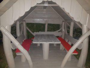 Pavillon Sitzmöbel