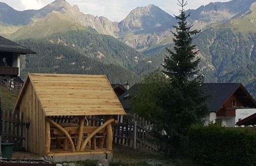 Lieferant für Holzhütten finden