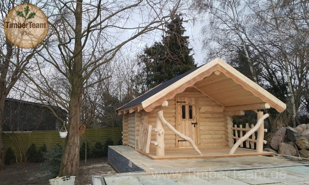 Finnische Aussensauna als Blockhaus in Rundstamm-Bauweise (Außensauna) kaufen