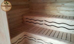 Finnische Blockhaus-Sauna im Rundstamm-Bauweise von TimberTeam