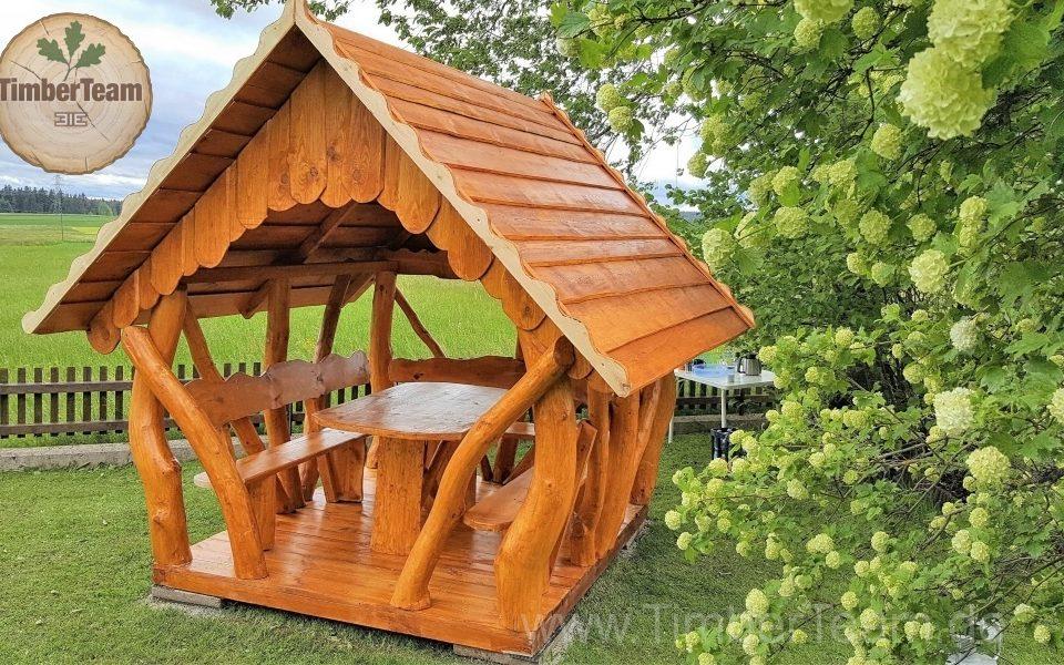 Holz-Laube-Pavillon selbst bauen